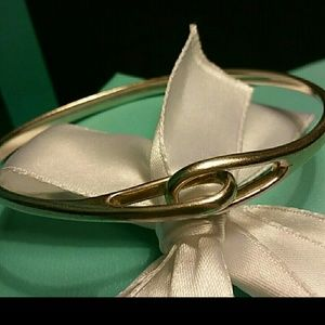 Tiffany & Co. Jewelry - Tiffany & Co. Retired Interlocking Infinity Bangle